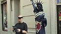 Heiss the Fan: Statues on Parade