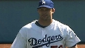 Stults shuts out Giants