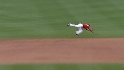 Hernandez&#039;s diving catch