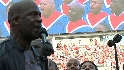 Winans sings &#034;America, America&#034;