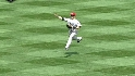 Scutaro&#039;s blind catch and throw