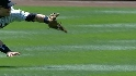 Hinske's diving catch