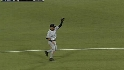 Jeter snares the liner to end it