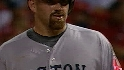 Youkilis' eighth-inning single