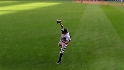Podsednik's running catch