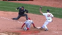 Papelbon picks off Willits