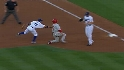 Kershaw picks off Victorino