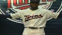 Twins unveil new look for 2010