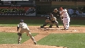 Reynolds&#039; two-run home run