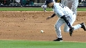 Jeter miscue brings in Mo