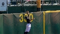 Davis' leaping catch