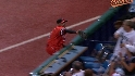 Markakis&#039; foul catch