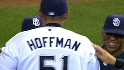 Hoffman notches 500th save