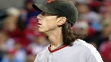 Lincecum wins duel of aces
