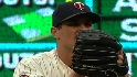 Pavano looks to re-up with Twins