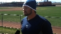 Padres pitchers, catchers arrive
