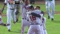 Freeman's walk-off single