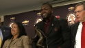 Ortiz receives Clemente Award