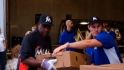 Marlins help out on Thanksgiving