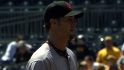 Giants give Vogelsong new deal