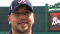Aldean works out with Braves