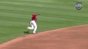 Aybar&#039;s diving grab