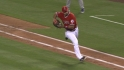 Pujols&#039; heads-up throw