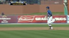 Davis hits a walk off homer