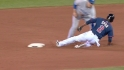 Arencibia throws out Span