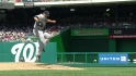 Pettitte avoids broken bat