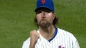 Dickey completes one-hitter