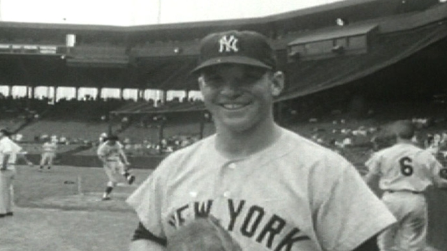 Mantle's '60 contract to be auctioned for Sandy relief