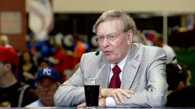 Selig to hold Town Hall chat on Tuesday
