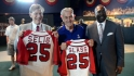 Selig tours Negro League Museum
