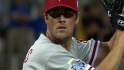 Hamels&#039; perfect inning