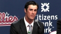 Hamels happy to remain in Philly