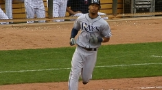 Jennings starts and finishes Rays' extra-inning win