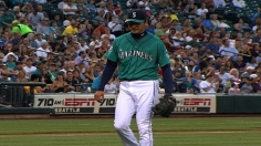 Despite losing perfect bid, Iwakuma beats Twins