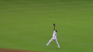Greene leaps to make a great catch