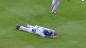 Kemp hurt on diving attempt