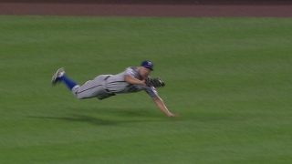 Murphy lays out for the catch