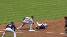 Offense goes cold as Braves fall to Brewers