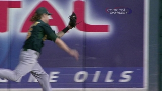 Reddick chases one down at the warning track