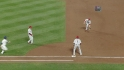 Utley&#039;s heads-up play