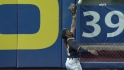 McCutchen&#039;s nice running catch