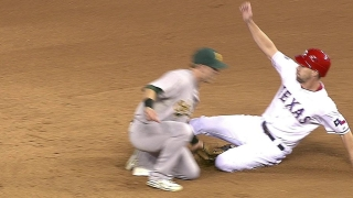 Murphy steals 2nd base