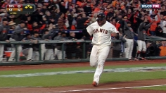 Pence's odd double lifts Giants, confounds Cards 