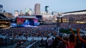 Chesney coming to Target Field