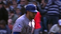 Soto re-signs with Rangers