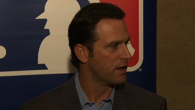 Learning on the job, equable Matheny a hit in St. Louis